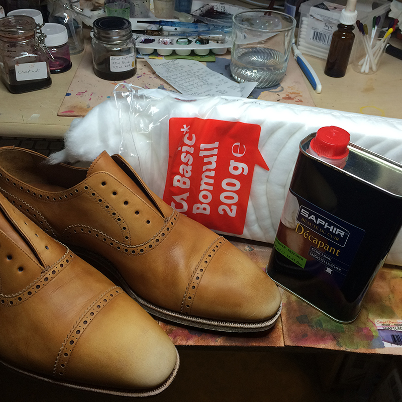 Cleaning Leather Shoes Removes Dye