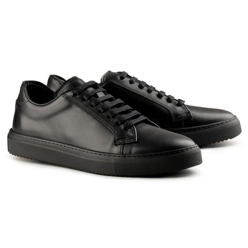 svarta läder sneakers