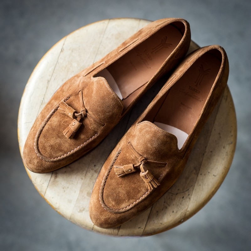 Yanko tassel loafer light brown suede